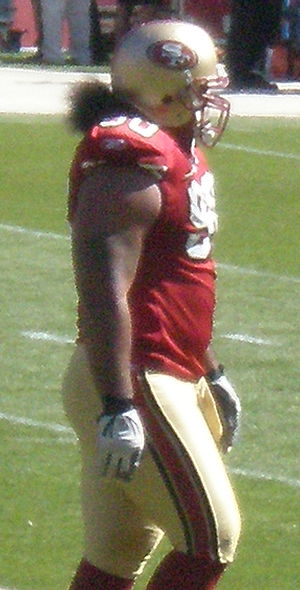 San Francisco 49ers defensive lineman Isaac So...