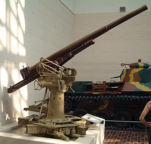 Type 88 75 mm AA gun - Type 88 75mm AA gun at Yasukuni Shrine, Tokyo