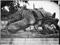 Jardin des Tuileries - Statue du Rhinocéros attaqué par un tigre, groupe sculpé - Paris 01 - Médiathèque de l'architecture et du patrimoine - APMH00037551.jpg