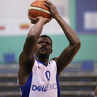 Jeff Adrien - Adrien with Bnei Herzliya in 2016