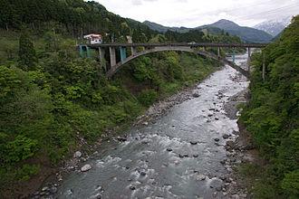 Jōganji River - The Jōganji River flowing through the city of Toyama