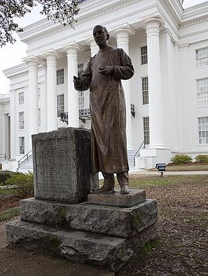 John Allan Wyeth - The John Allan Wyeth statue at the Alabama State Capitol in Montgomery, Alabama.