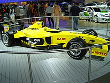 Photo de la Jordan EJ13 à l'exposition IAA 2003