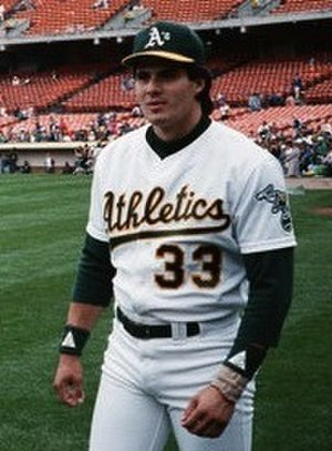 Bash Brothers - Image: Jose Canseco 1989 (cropped)