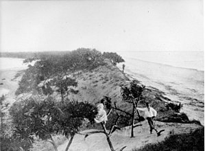 Jumpinpin Channel - Jumpinpin, the narrow stretch of land on Stradbroke Island, circa 1890 before the seas broke through to create Jumpinpin Channel
