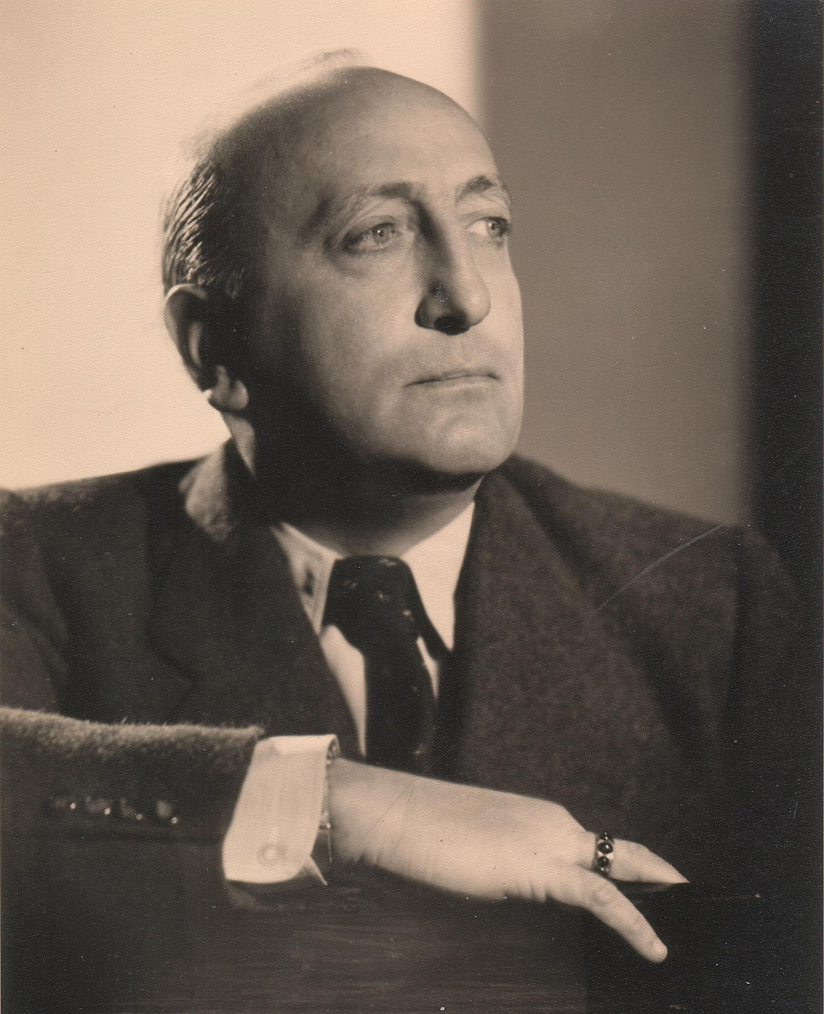 http://upload.wikimedia.org/wikipedia/commons/thumb/d/dc/Karl_Ritter_(1888-1977).jpg/1200px-Karl_Ritter_(1888-1977).jpg