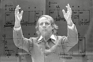 <i>Stop</i> (Stockhausen) composition for orchestra (divided into six groups) by Karlheinz Stockhausen