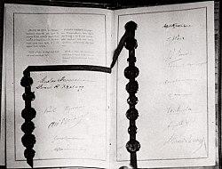 Kellogg–Briand Pact (1928).jpg