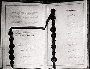 Kellogg-Briand-Pakt (1928) .jpg