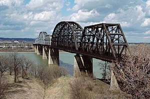 Kentucky & Indiana Terminal Bridge - The bridge from the Kentucky side in 1988