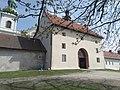 Kraków Bielany klasztor furta.jpg