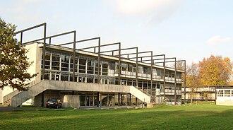 Paul Friedrich Posenenske - Partial view of the Kunsthochschule Kassel campus, designed by Posenenske