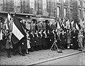 Lady Baden Powell samen met o.a. de Amsterdamse burgemeester d'Ailly 2e van link, Bestanddeelnr 901-9293.jpg