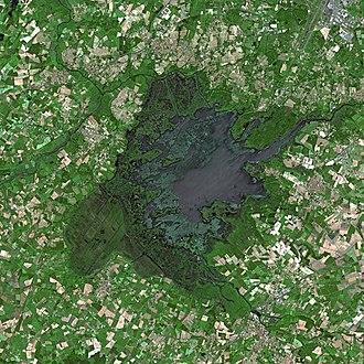 Lac de Grand-Lieu - Image: Lake Grand Lieu SPOT 1249