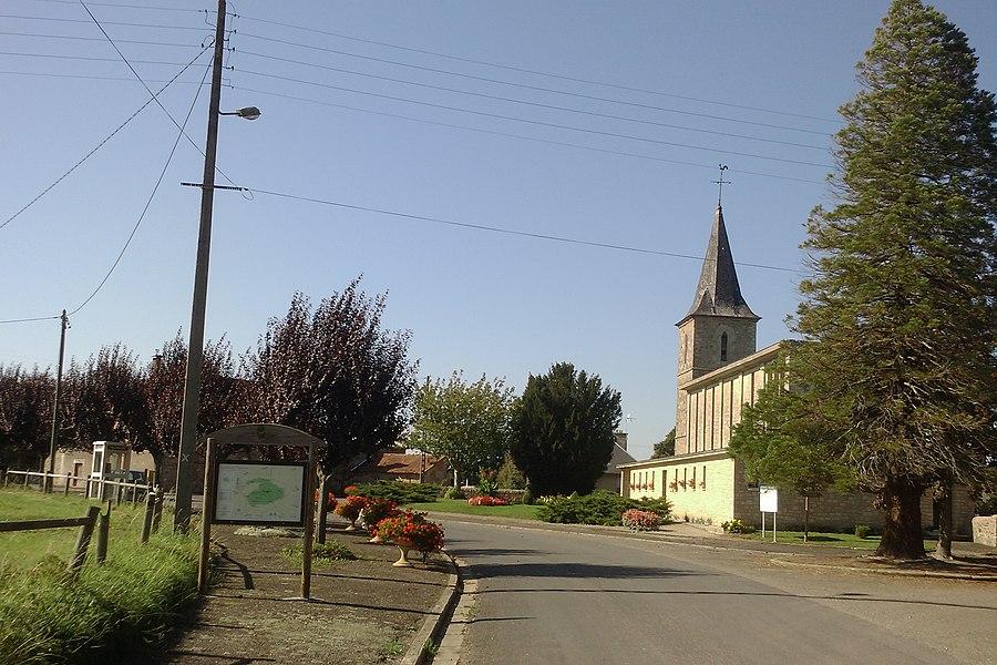 Vue de la commune de fr:Le Mesnil-Véneron