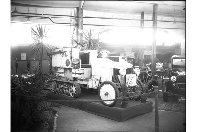 Le Salon de l'automobile au Bâtiment électoral - 3, Genève, 1924