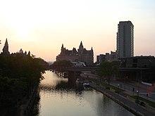 Le canal.jpg