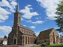 Lieuvillers - Église Saint-Hilaire et logis seigneurial 1.jpg