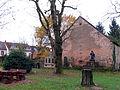 Limbach Protestantische Elisabeth-Kirche Kirchengarten.JPG