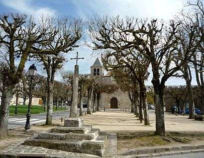 How to get to Livry Sur Seine with public transit - About the place
