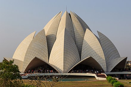 The Baha'i Lotus Temple in Delhi Lotus Temple in New Delhi 03-2016.jpg