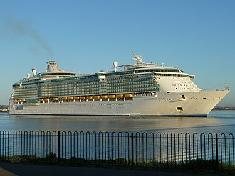Independence of the Seas - Image: MS Independence of the Seas in Southampton