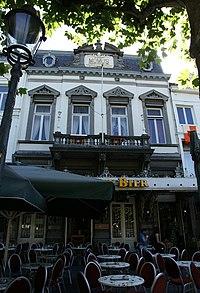 Maastricht - rijksmonument 27690 - Vrijthof 8 20100718.jpg