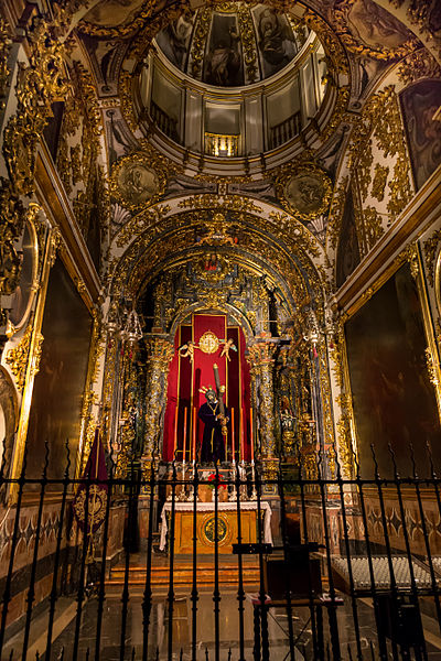 File:Madrid - Colegiata - Jesús del Gran Poder - 130209 184211.jpg