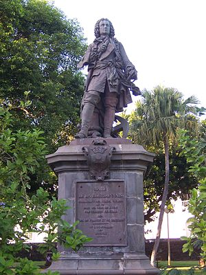 Réunion - Statue of Mahé de La Bourdonnais in Saint-Denis