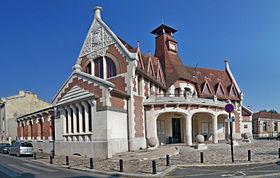 Maison cantonale de la bastide wikip dia for Achat maison bordeaux bastide