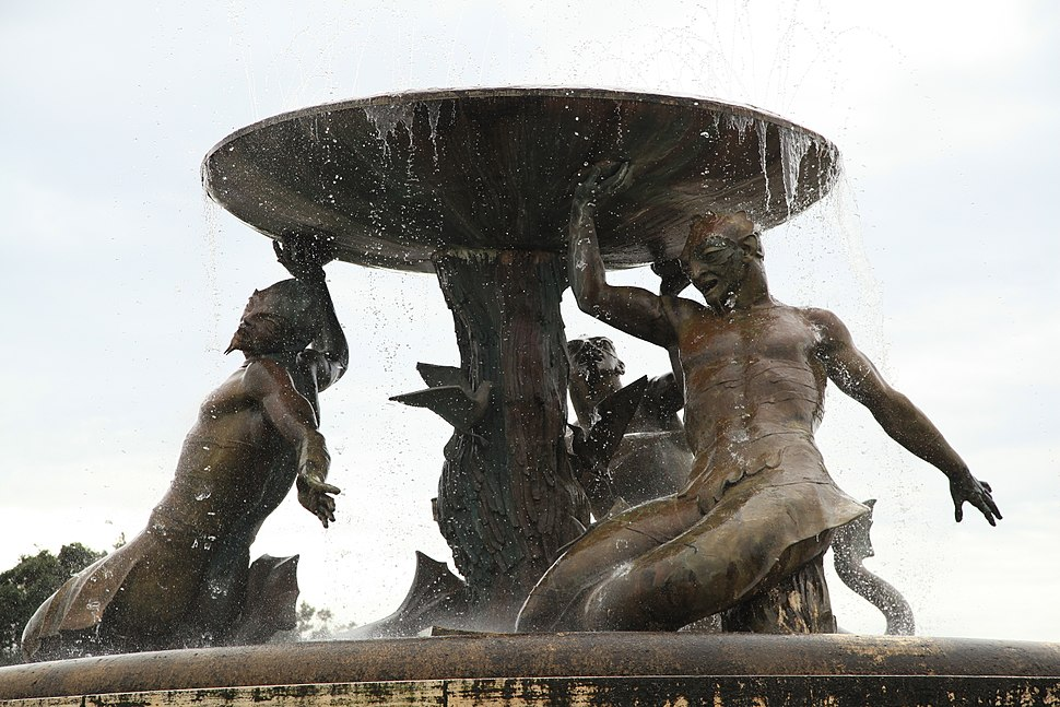 Malta - Valletta - Vjal Nelson - Triton Fountain 02 ies