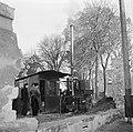 Mannen bij een destilleerketel, Bestanddeelnr 252-9464.jpg