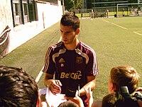 Maxime Gonalons 2010.jpg