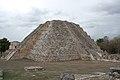 Mayapan, Kukulcan Temple (14179882219).jpg