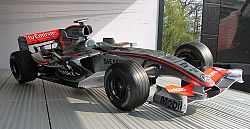 McLaren MP4-21 JPMontoya2006 at-the-Nuerburgring.jpg