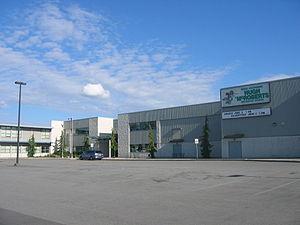 McRoberts Secondary School - Image: Mcroberts sec