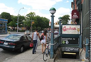 Metropolitan Avenue/Lorimer Street (New York City Subway ... The Underground Railroad