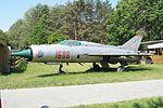MiG-21 (1608) - Muzeum w Nieborowie (2).jpg