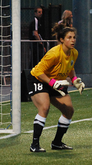 Michelle Betos - Betos playing for Seattle Reign FC in 2013