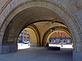 Milwaukee City Hall arch entrance.jpg