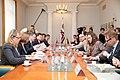 Ministru prezidents Valdis Dombrovskis tiekas ar Vācijas Šlēzvigas – Holšteinas federālās zemes premjerministru Torstenu Albigu (8717052830).jpg