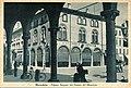 Mirandola - Palazzo Bergomi dal Portico del Municipio.jpg