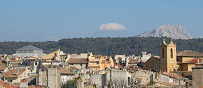 Montagne Sainte-Victoire towards roofs of Aix-en-Provence.jpg