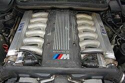BMW 850CSi S70 V12 Engine