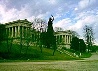 Munich Ruhmeshalle & Bavaria statue from southeast.JPG