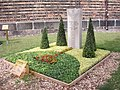 Mustergrabanlagen - panoramio - Arnold Schott (3).jpg