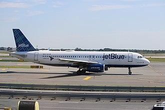 JetBlue - A JetBlue A320-232 (N547JB) taxiing at New York JFK Airport