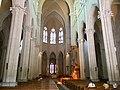 Nef de l'église de la Rédemption de Lyon.jpg