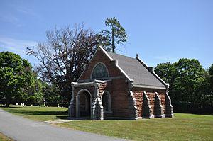 Oak Grove Cemetery (New Bedford, Massachusetts) - Image: New Bedford MA Oak Grove Cemetery Chapel
