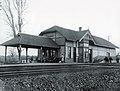 Oakville Ontario Rail Station circa 1920.jpg
